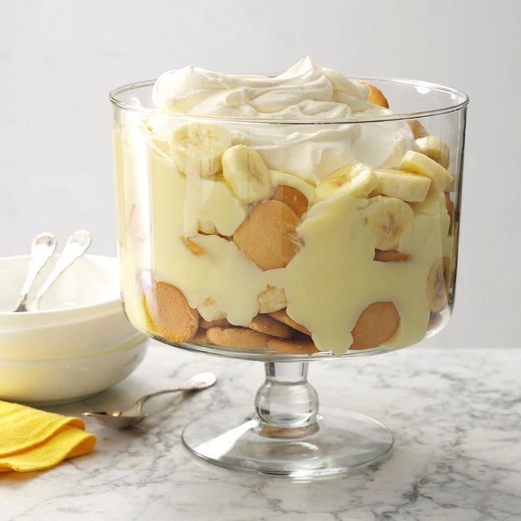 Memaw's Banana Pudding Recipe -Creamy and rich, this homemade banana pudding recipe is so easy. Layer it in a trifle bowl for a pretty presentation. —Ruth Kizer, Oklahoma City, Oklahoma