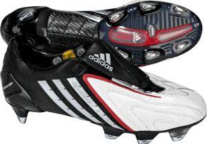 adidas Predator Powerswerve merupakan Predator yang dikembangkan oleh tim inovasi adidas bersama Zinedine Zidane