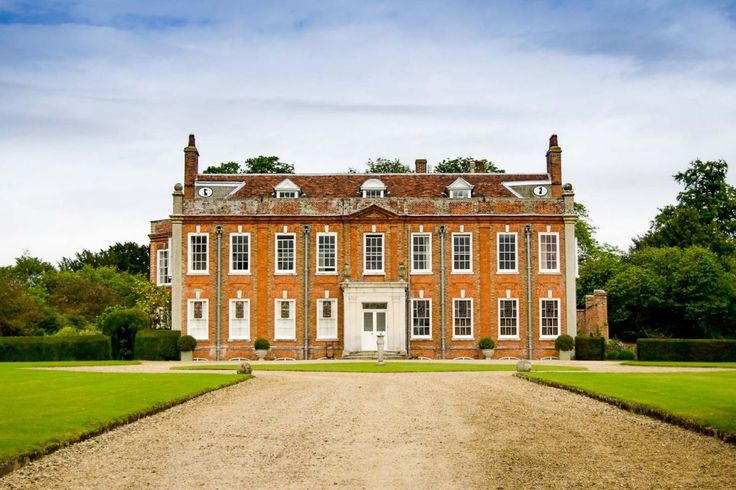 Belchamp Hall is a quintessential English country #wedding venue that specialises in intimate weddings for up to 50 people. Find out more on our website: http://belchamphall.com