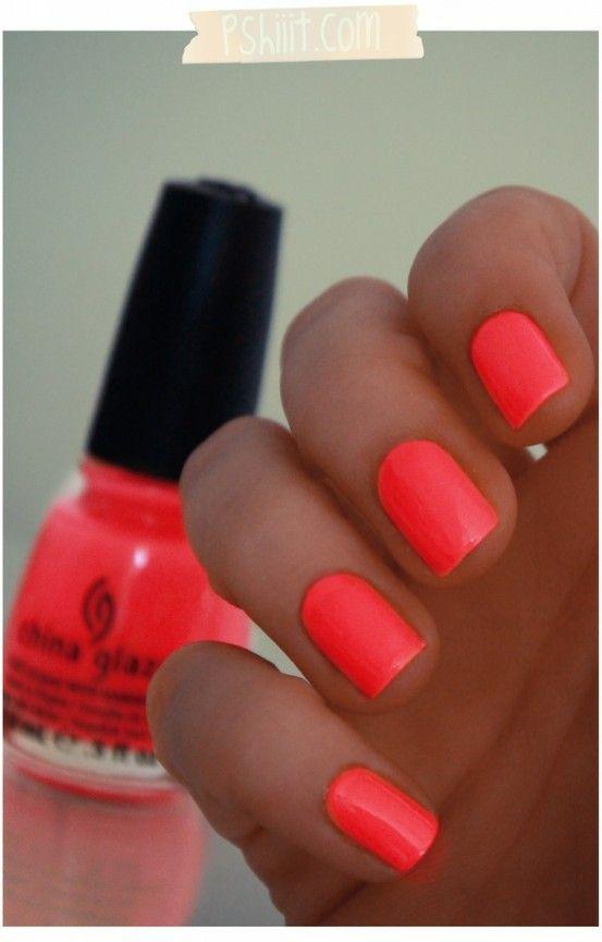 love this color!: Nails Colors, China Glaze, Summer Nails, Flip Flops, Nails Polish, Neon Nails, Flops Fantasy, Summer Colors, Bright Nails