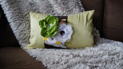 green pillow 47 Eur