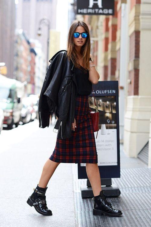 high-waisted skirt + black + blue reflective. zazumi.com