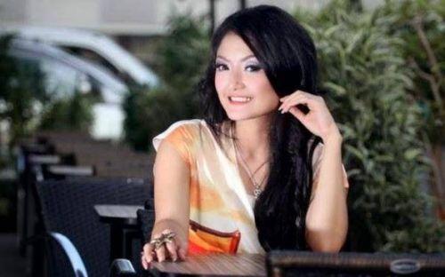 Penyanyi Dangdut dengan Bayaran Termahal Siti Badriah