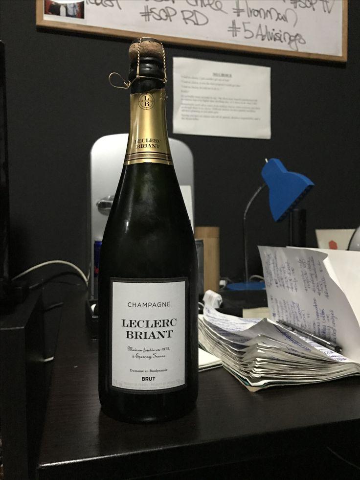 Champagne Leclerc Briant.