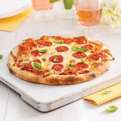 Pizza margarita sur feu de bois - Recettes - Cuisine et nutrition - Pratico Pratique
