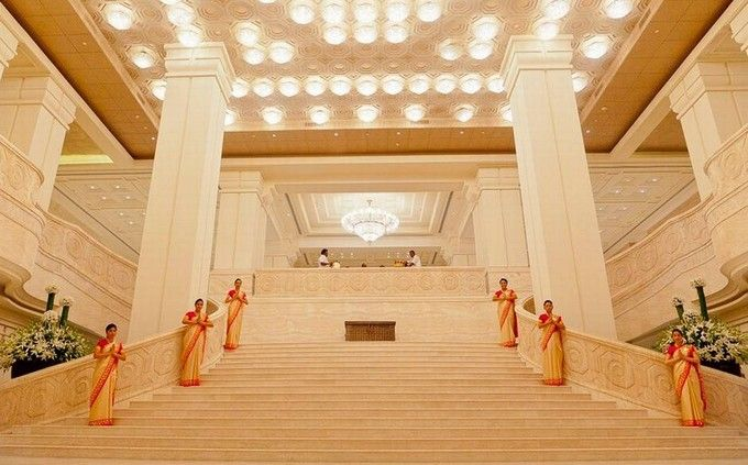 Incredible-hotel-lobbies-around-the-world-5 Incredible-hotel-lobbies-around-the-world-5