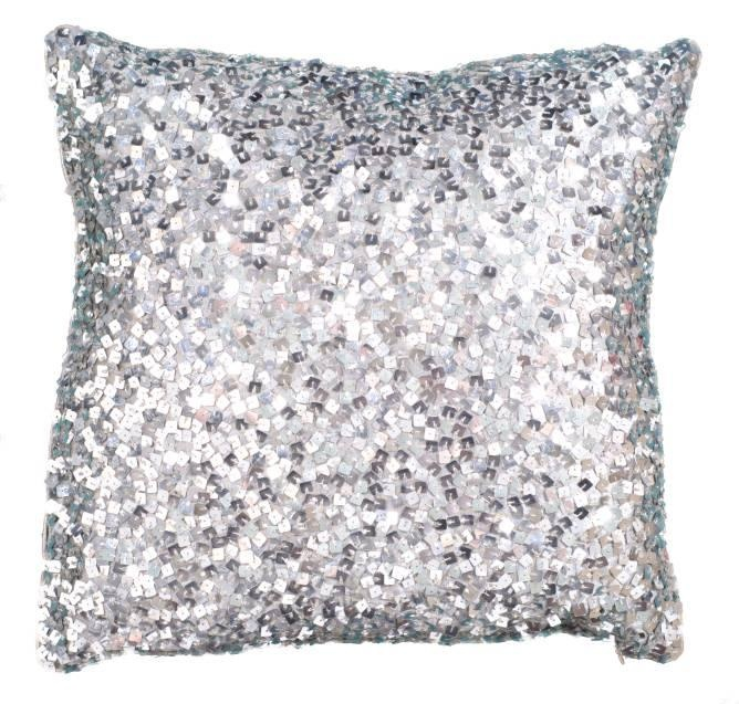 ~This sequined cushion is my new lust. I. Die.~