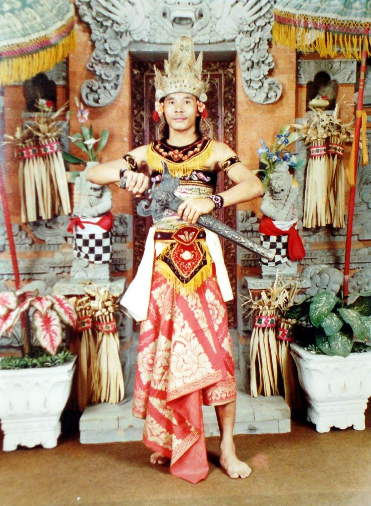 pakaian adat bali indonesia indonesian traditional dress pinterest indonesia and