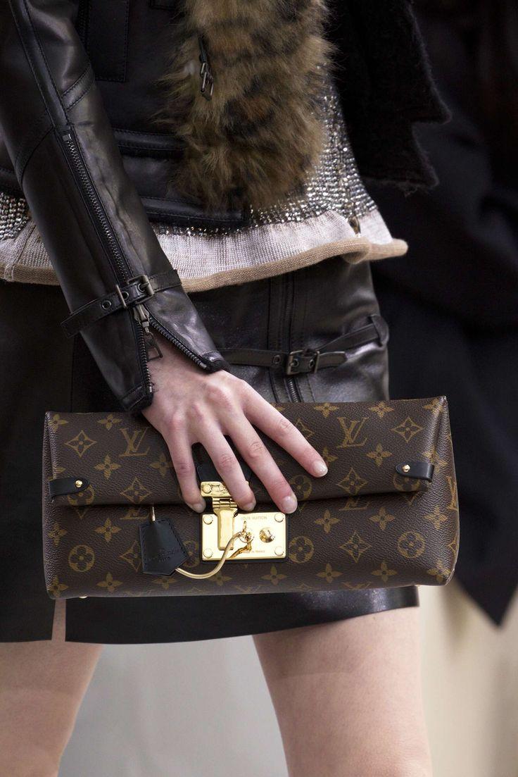 10 Ways To Always Look Expensive By Shea Whitney Louis Vuitton Handbags Louis Vuitton Louis