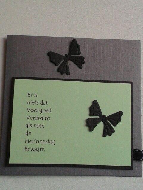 Condoleancekaart met vlinders en tekst.