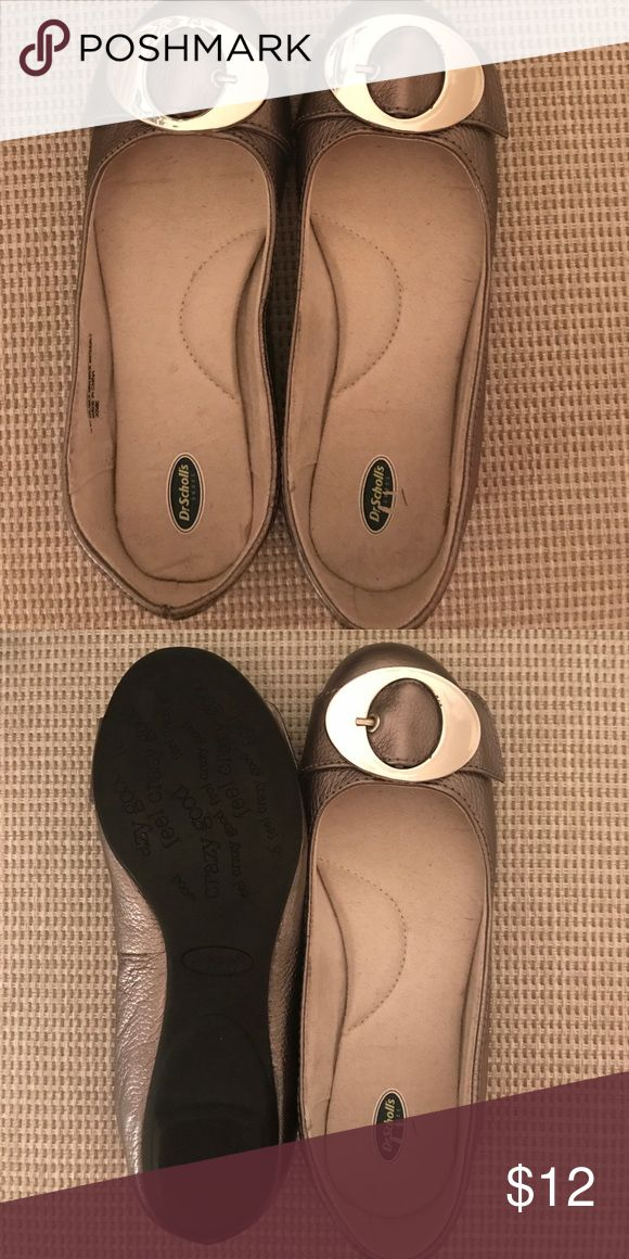 Dr. Scholl's size 6 Medium width Pink ballet flat Size 6 pink ballet flat with silver buckle. Never worn Dr. Scholl's Shoes Flats & Loafers