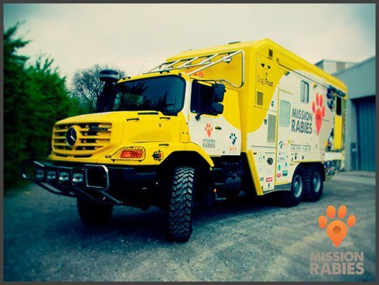 Mercedes Benz Zetros 6x6 Veterinary hospital combating Rabies in India.