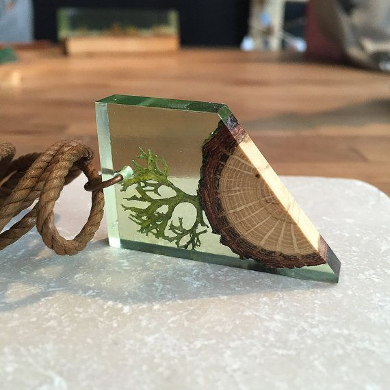 Oak Tree and Moss Necklace - Eco Necklace - Nature Necklace - Moss Necklace - Transparent Necklace - Wood Resin