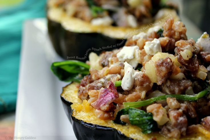 Sweet Roasted Acorn Squash Stuffed with Fennel Sausage, Farro, Goat Cheese and Spinach: Goats, Roasted Acorn, Recipe, Main Dishes, Squash Stuffed, Squashes, Acorn Squash, Goat Cheese