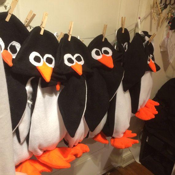 die besten 25 pinguin kost m ideen auf pinterest. Black Bedroom Furniture Sets. Home Design Ideas