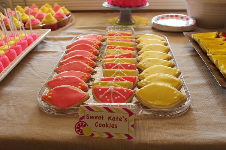 197 curated emily 39 s 1st birthday ideas by williamsa0617 for Lemon shaped lemonade stand