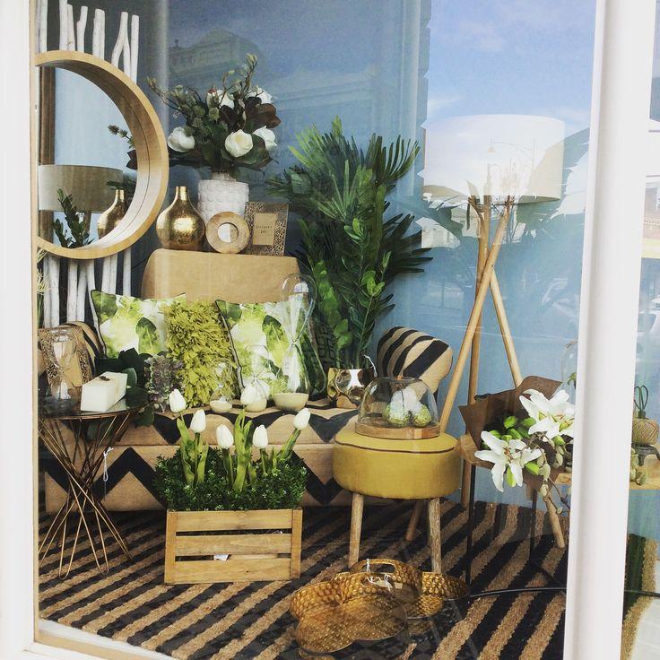 New window #flowers #plants #natural #green #wood #lighting #mirror