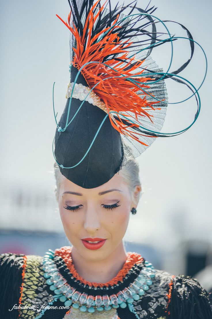 Melbourne Cup fashion | with Pin-It-Button on http://www.fabulous-femme.com/melbourne-cup-myer-fashions-on-the-field-snaps-part-1/