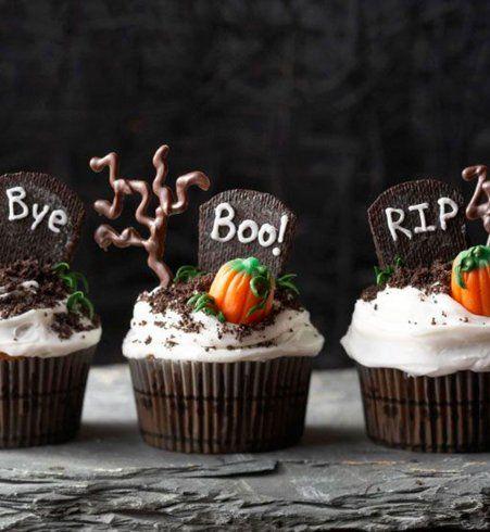 "Gâteau d'Halloween : le cupcake ""R.I.P."""