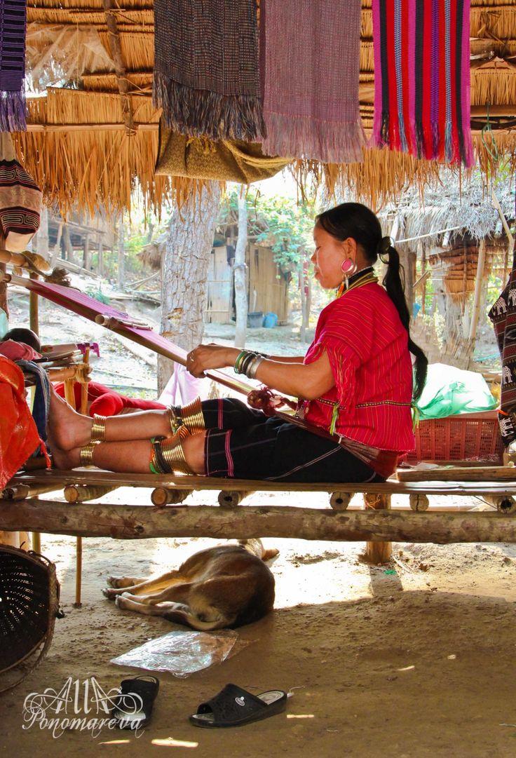 karentribe-chiangmai-thailand-allaponomareva