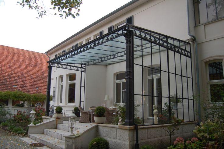 foto restaurierung denkmalschutz vordach windfang. Black Bedroom Furniture Sets. Home Design Ideas