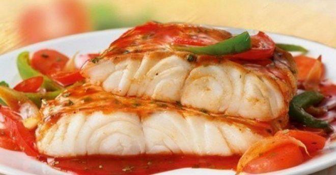 1. Рыба «по-французски» на ужин ИНГРЕДИЕНТЫ: Филе рыбы — 500 г (у нас судак) Помидор — 1 шт Натуральный йогурт — 1 ст. л Сыр нежирный — 75 г Соль, перец — по вкусу ПРИГОТОВЛЕНИЕ: Рыбу нарезать небольшими кусочками. Посолить, поперчить, оставить на 15-20 минут. Выложить в форму. Следующим слоем идут нарезанные кружочками помидоры. Далее …