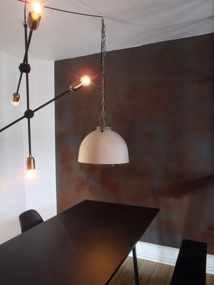 En dekorativ væg I rustpuds.