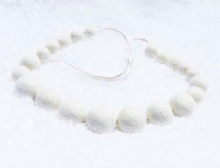 """Collar de fieltro """"Blancanieves"""" ♡HAPPY MARY♡"""