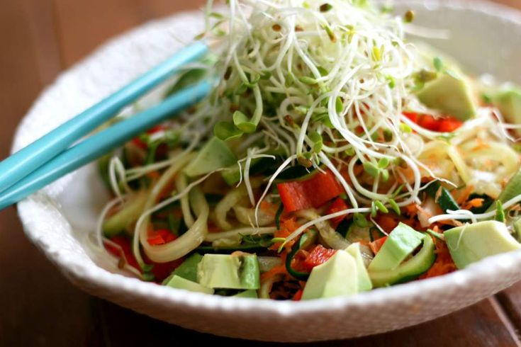 Asian Zoodle Bowl with Miso Tahini Dressing | VeguKate