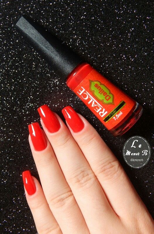#nails #nail #fashion #style #sari #cute #beauty #beautiful #red #pretty #girl #girls #stylish #sparkles #styles #gliter #nailart #art #opi #vermelho #essie #unhas #preto #branco #rosa #love #shiny #polish #nailpolish #nailswag