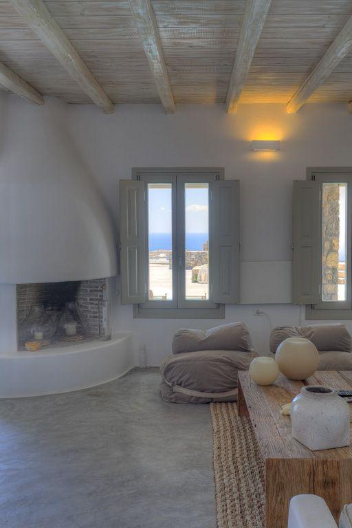lounge / fireplace detail