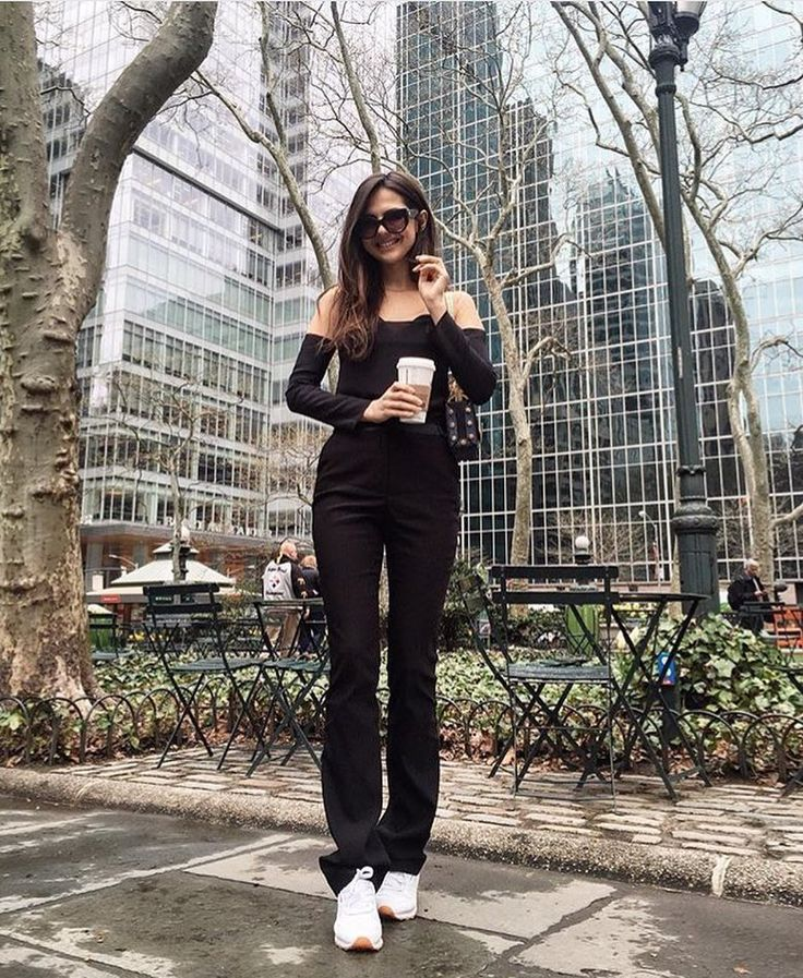 New York Murmur postcard from the lovely Doina Ciobanu exclusively wearing the silk Form blouse from the Fall-Winter 16 Collection.