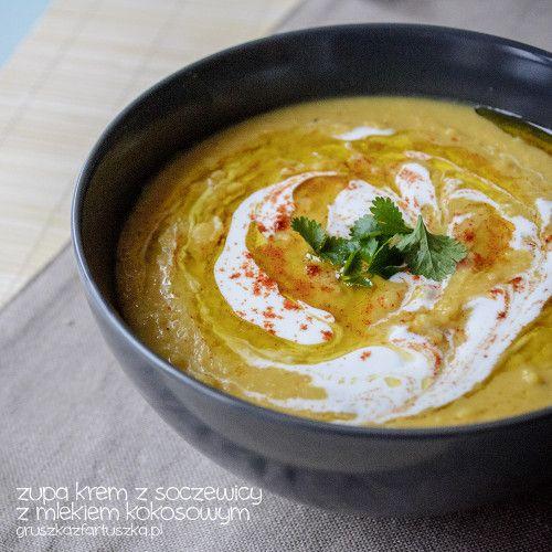 Doskonała, gęsta i rozgrzewająca zupa krem z soczewicy z mleczkiem kokosowym i imbirem. Musicie spróbować!