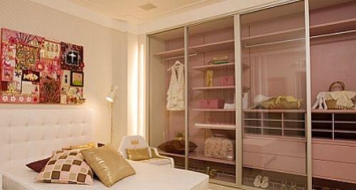 inspiração. armário com porta de vidro