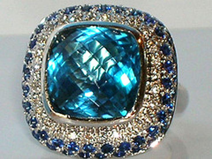 Blue diamond jewelry - beautiful! I am quite sure I need this.