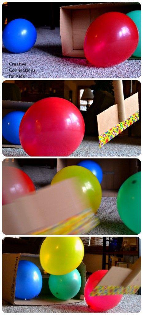 Jogo de Hockey - tacos feitos com um rolo de cartão (tipo os dos tecidos), cartão -; baliza - caixa de cartão; bolas - balões. Tutorial em: http://creativeconnectionsforkids.com/2013/02/balloon-hockey/