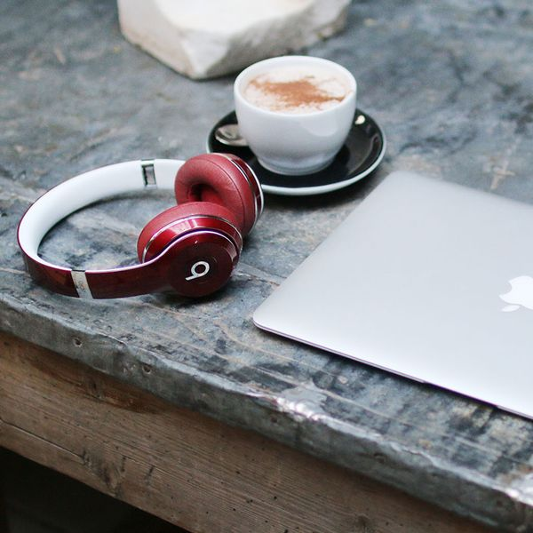 The Savvy Squirrel still has the sale on (ends soon!). Buy a Mac and get FREE beats. Call for details 270.745.2685.