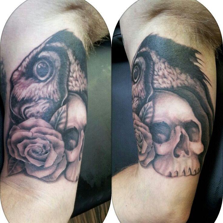 Owl rose and skull