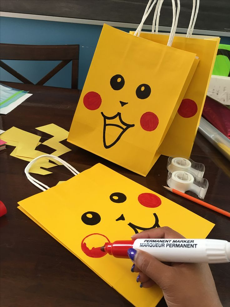 Perfect pokemon gift bags that dont cost a fortune www.nomonausea.com mom always thinking