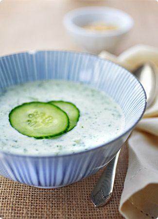 Cold yoghurt & cucumber soup