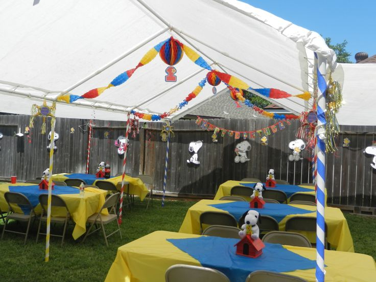 Snoopy Party decor