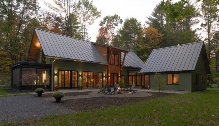 Houses By Design New Old Camp In The Adirondacks Fine Homebuilding Modern Lake House Barn House Plans Barn Style House