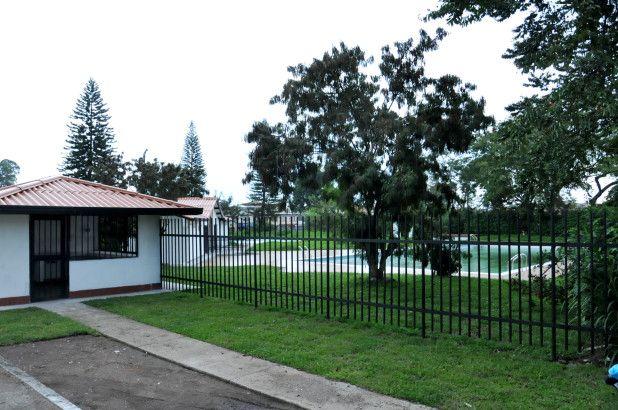 El parque Colgate Palmolive, actualmente se encuentra en obras de recuperación para ser entregado en tres semanas, según lo anunciado por la secretaria de Cultura y Deporte, Claudia Cruz. / Dairo Ortega – El Nuevo Liberal