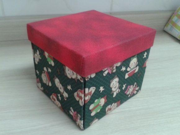 Kit para confecção de Caixa de Canecas em Cartonagem.  Nossos kits não acompanham passo a passo nem tecidos. R$ 9,00