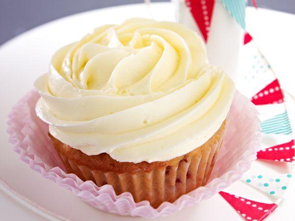 Coconut Cupcakes mit Vanilla-Frosting