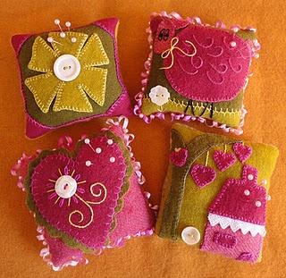 great pincushions: Patterns Company, Pincushions Patterns, Fields Patterns, Pin Cushions, Sunflower Fields, Heart Design, Sunflowers Fields, Bright Colors, Wool Pincushions
