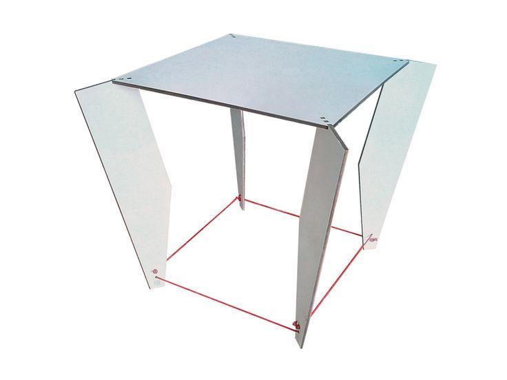 Tavolino minimalista in legno tagliato a laser di DigitalHandmade su DaWanda.com