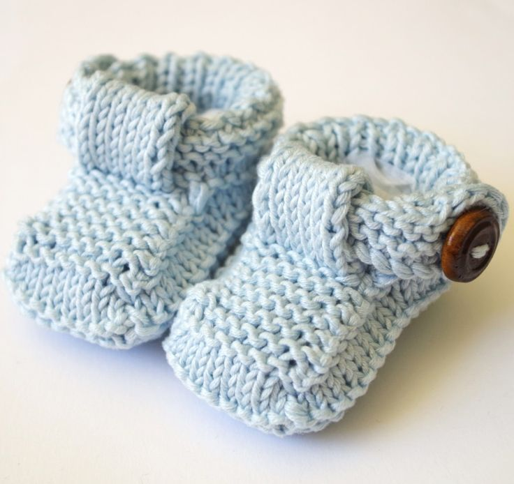 free knitting pattern for baby booties with buttons DK weight baby knitting...