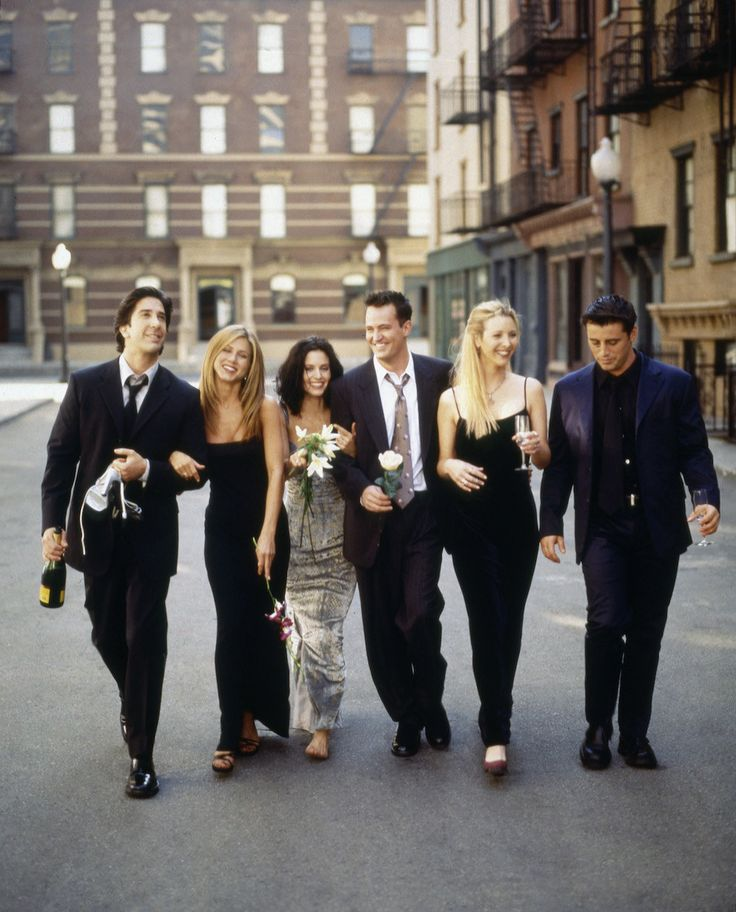 "This picture will haunts my dreams in the very best way. | 27 Rare Photos Of The Cast Of ""Friends"" Will Make You Wish It Was 1994 All Over Again"
