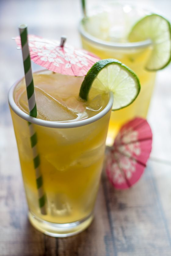 Infused gin and citrus juice give this bourbon and ginger cocktail a Thai kick!